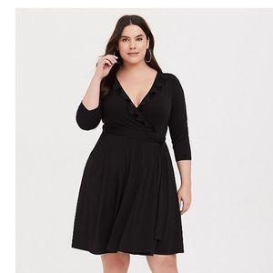 *NWT* Torrid BLACK RUFFLE STUDIO KNIT WRAP DRESS